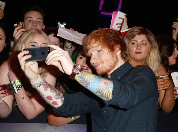 ed-sheeran-mtv-vmas-2014-1415568616-view-1